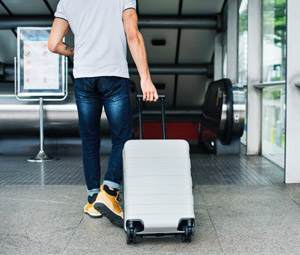 מזוודות, תיקי נסיעה עם גלגלים, משקלים